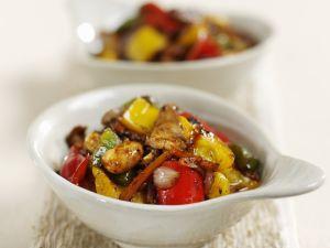 Schweinefleisch mit Gemüse aus dem Wok Rezept
