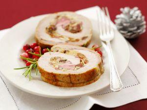 Schweinerollbraten mit Mandel-Rosinen-Füllung Rezept
