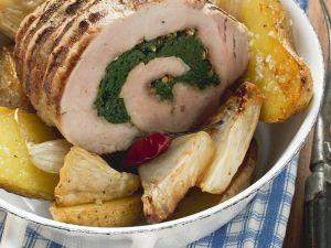 Schweinerollbraten mit Sellerie und Kartoffeln Rezept