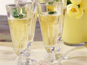 Sekt-Cocktail Rezept