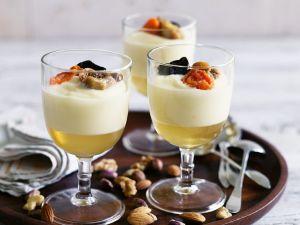 Sektgelee mit Sahnecreme und Früchten Rezept