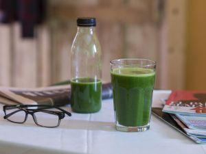 Selleriesaft: So gesund ist das grüne Getränk