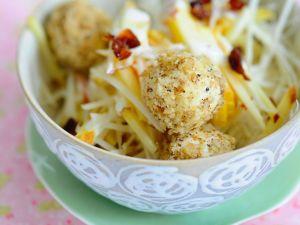 Selleriesalat mit Tofuklößchen Rezept
