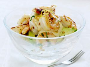 Shrimps-Cocktail mit Avocado und Chili Rezept