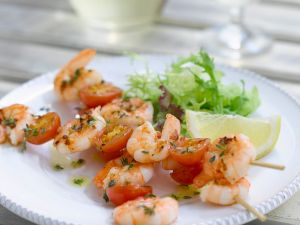 Shrimps-Spieße mit Tomaten Rezept