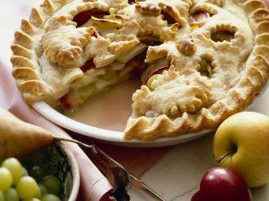 Sommer-Pie (mit Äpfeln, Pflaumen, Birnen, Trauben) Rezept
