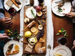 Spätes Abendessen – eine gute oder schlechte Entscheidung?