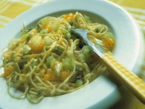 Spaghetti mit Gorgonzola-Mandarinen-Creme Rezept