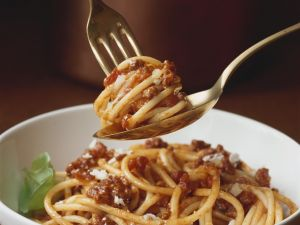 Spaghetti mit Hackfleischsauce Rezept