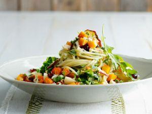 Spaghetti mit Kürbis und Pesto Rezept