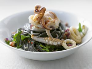 Spaghetti mit Tintenfisch Rezept