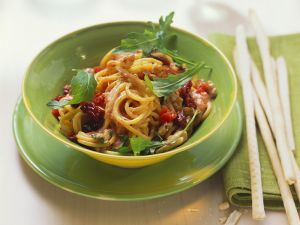 Spaghetti mit Tomaten Rezept