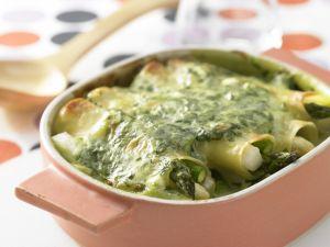 Spargel-Cannelloni mit Spinat Rezept