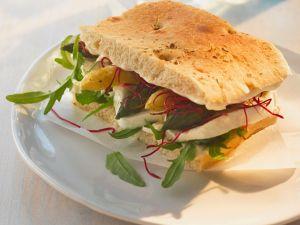Spargel-Sandwich mit Mozzarella Rezept