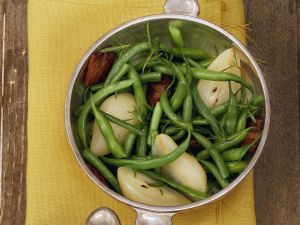 Speck-Bohnen mit Birnen Rezept