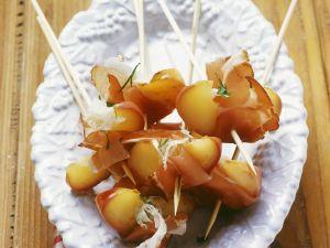 Spießchen mit Speck und Apfel Rezept