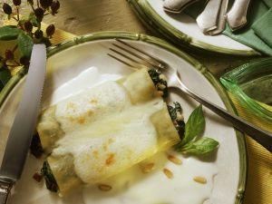 Spinat-Cannelloni mit Béchamelsoße Rezept