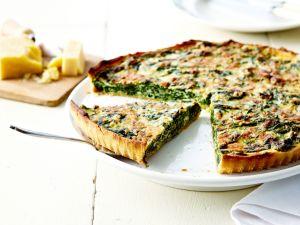 Spinat-Tarte mit Frischkäse und Parmesan Rezept