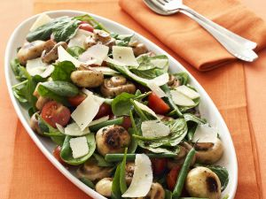 Spinatsalat mit Champignons Rezept