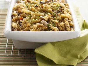 Spiralnudeln mit Hähnchen, Gemüse und Mozzarella Rezept