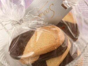 Spritzgebäck mit Schokolade Rezept