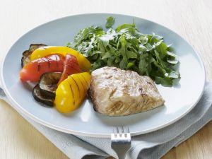 Steinbutt mit Grillgemüse und Salat Rezept