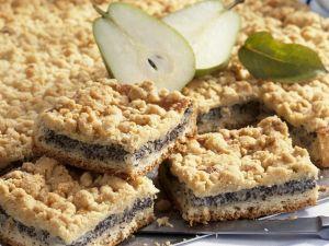 Streuselkuchen mit Birnen und Mohn Rezept
