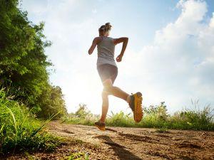 Studie zeigt: Sport macht uns im Alter jung & gesund