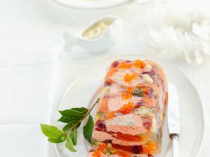 Sülze mit Lachs und Gemüse Rezept