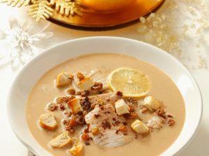 Süß-pikante Fischsuppe Rezept