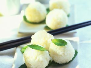 Süße Reisbällchen Rezept