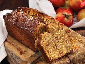 Süßes Dinkel-Apfel-Brot Rezept