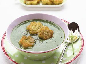 Suppe aus Kräutern mit Croutons Rezept