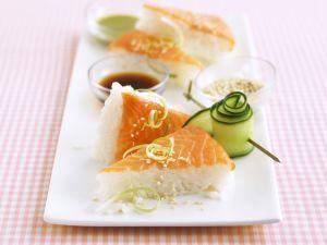 Sushi-Ecken mit Lachs Rezept