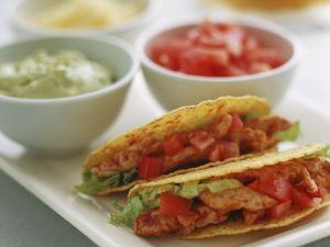 Taco Shells mit Hähnchenfüllung Rezept