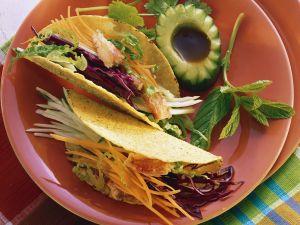 Taco Shells mit Salatfüllung Rezept