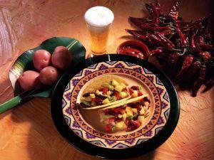 Tacos mit Bohnen-Kartoffel-Salat Rezept