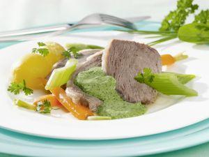 Tafelspitz mit Gemüse und Kräutersoße Rezept