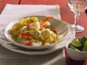 Tagliatelle mit Shrimps-Limettensoße Rezept