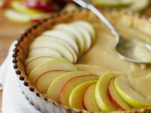 Tarte mit Äpfeln und Marzipancreme Rezept