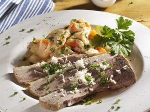 Tellerfleisch mit sauren Kartoffeln und Gemüse Rezept
