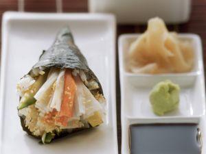 Temaki mit Krabbenfleisch und Avocado Rezept