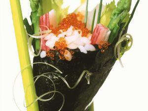 Temaki-Sushi mit Kaviar und Spargel Rezept