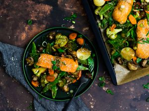 Teriyaki-Lachs mit Gemüse vom Blech Rezept