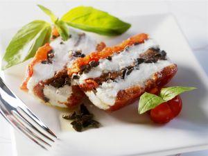 Terrine mit getrockneten Tomaten, Frischkäse und Oliven Rezept