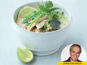 Frisch & scharf: Thailändische Hühnchen-Kokos-Suppe