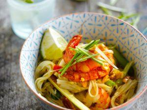 Thailändische Garnelen-Nudelpfanne Rezept