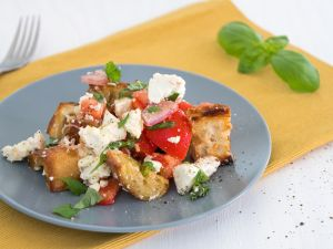 Tomaten-Brotsalat Rezept