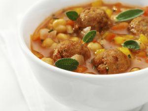 Tomaten-Kichererbsensuppe mit Hackbällchen Rezept