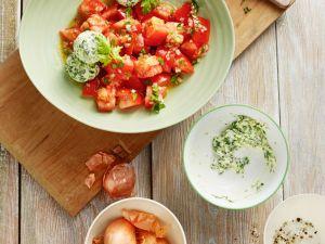 Tomatensalat mit Spinat-Ricottabällchen Rezept